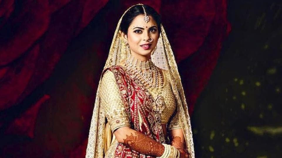 Isha Ambani delivered a number of jaw-dropping fashion moments in 2018, including her regal wedding lehenga by Abu Jani Sandeep Khosla. See all the photos. (Instagram)