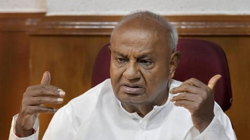 The Accidental prime minister,Deve Gowda,Manmohan Singh
