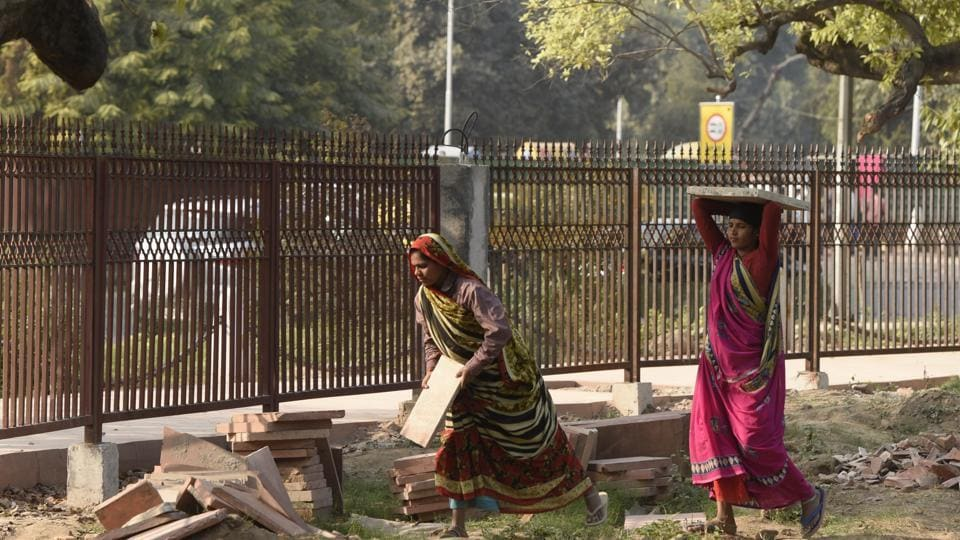Delhi Government Says It Will Prosecute Minimum Wage