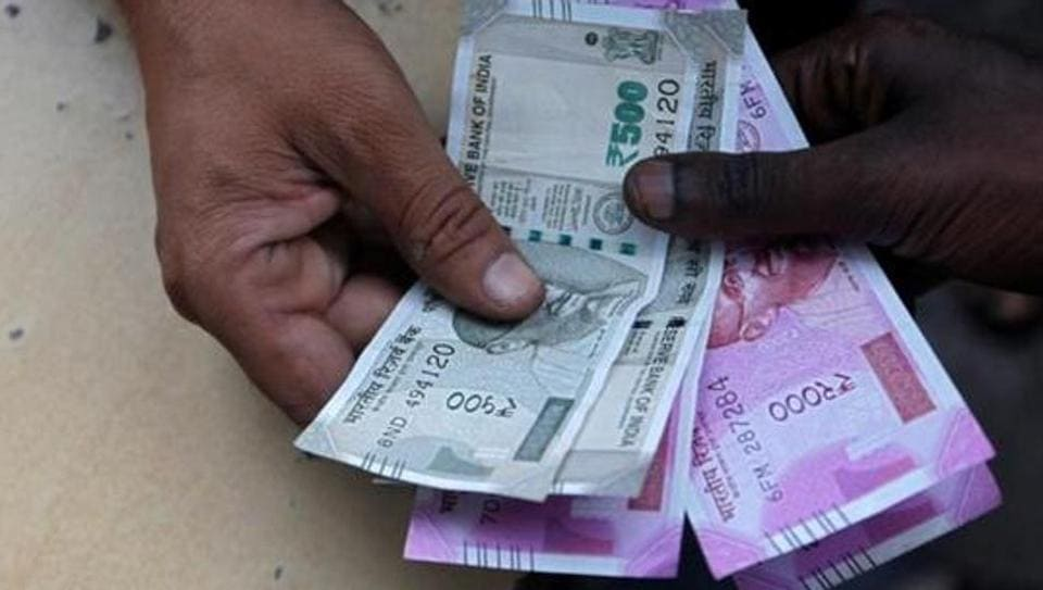 RBI reduces printing of Rs 2000 note to minimum: Report