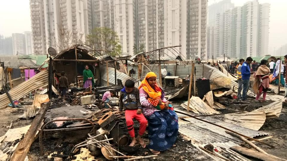 Image result for Fire engulfs 250 shanties in Delhi