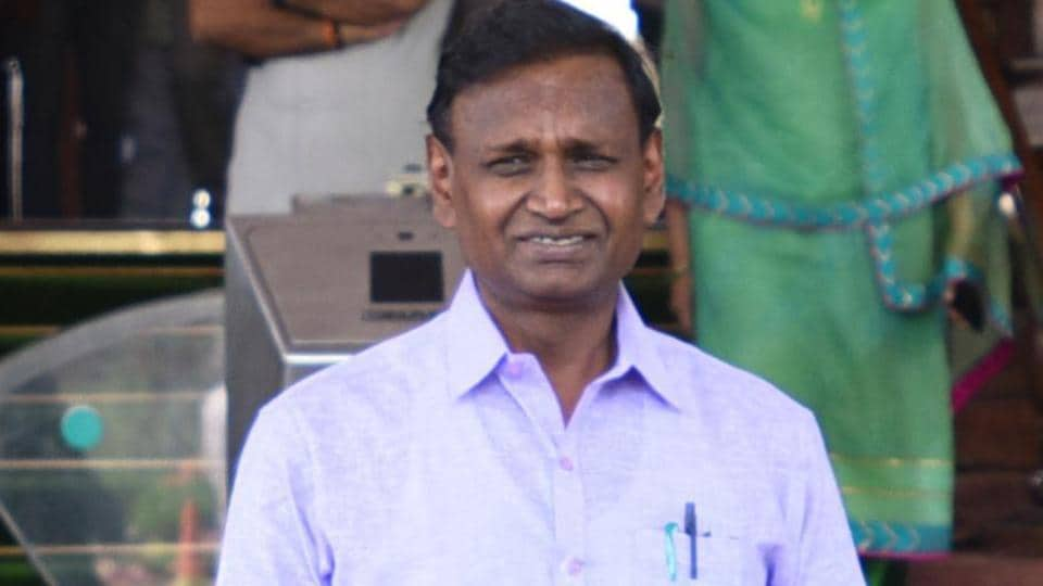 BJP MP Udit Raj has accused Delhi's  Aam Aadmi Party (AAP) government of delaying infrastructure projects in his constituency,