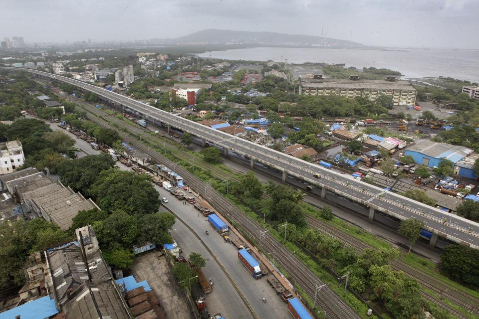 The MbPT area extends from Sassoon Docks to Wadala.