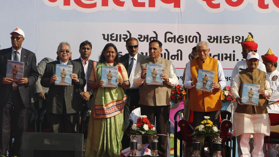 Gujarat Governor OP Kohli and state Chief Minister Vijay Rupani inaugurated the event on the Sabarmati riverfront. (Siddharaj Solanki / HT Photo)