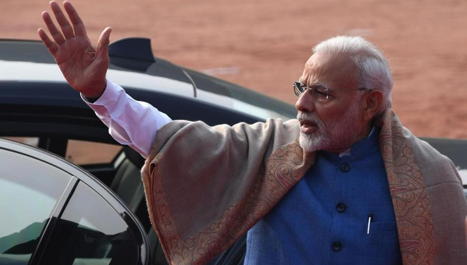 PMNarendra Modi will lay the foundation stone for 30,000 houses under the Pradhan Mantri Awas Yojana and the four-lane section of the Solapur-Tuljapur-Osmanabad highway.