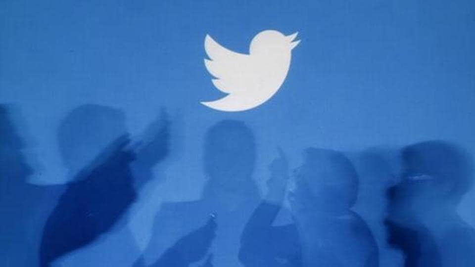 Twitter to introduce Facebook-like status updates