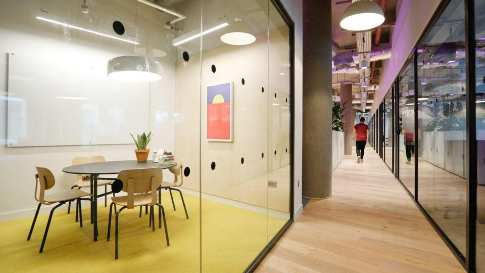 Hana financial group Inc. in talks for WeWork London office.