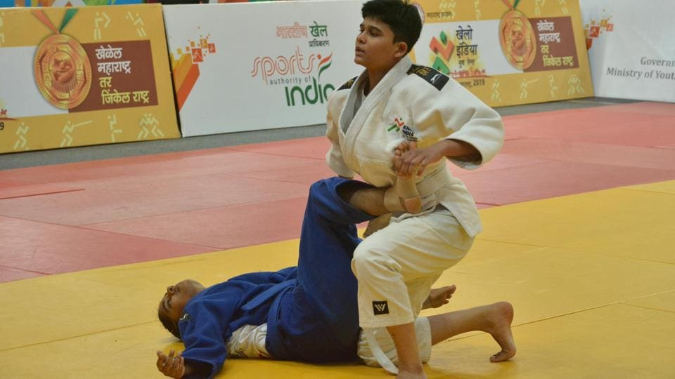 Judokas proved unstoppable, winning three of the six gold at stake on the opening day of the event in the Khelo India Youth Games 2019 here on Thursday. Delhi won three gold, one silver and two bronze for a total of six medals. (HT PHOTO)