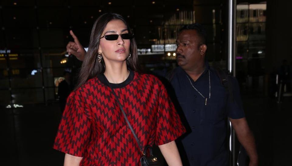 SonamKapoor  spotted at the Mumbai airport.
