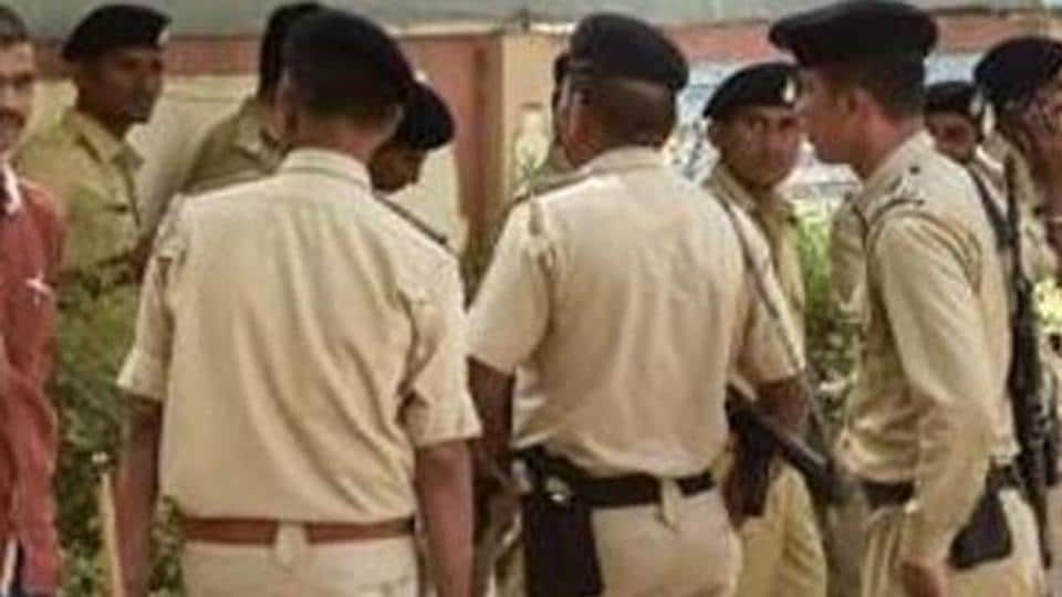 The Justice H S Bedi committee, which investigated several cases of alleged fake encounter in Gujarat from 2002 to 2006, has recommended prosecution of police officials in three out of the 17 cases probed by it.