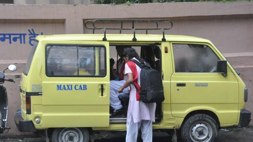 Uttar Pradesh,school van,gas blast