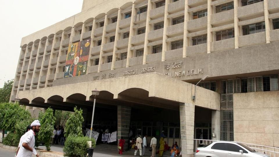 With the strike by resident doctors  likely to affect services on Monday as well, the Safdarjung hospital administration has put faculty and paramedical staff on duty to handle the rush of patients that is the hospital likely to witness.