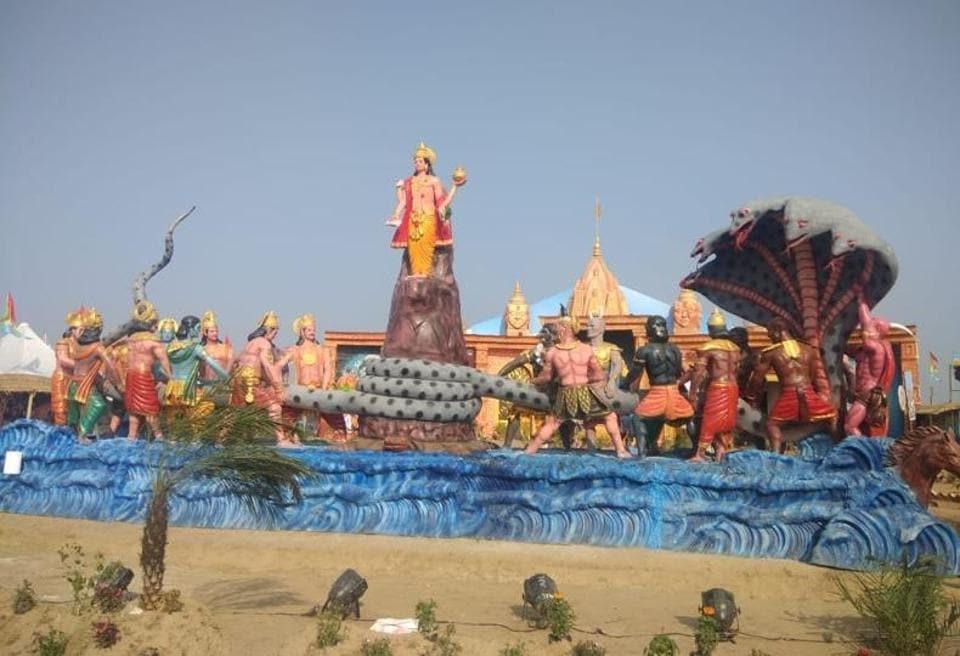 Replica of 'samudra manthan' adds grandeur to Kumbh
