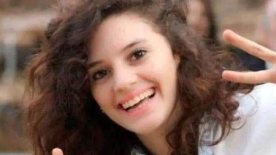 An Israeli student has been killed in a late-night attack in Australia while she was speaking on the phone with her sister.