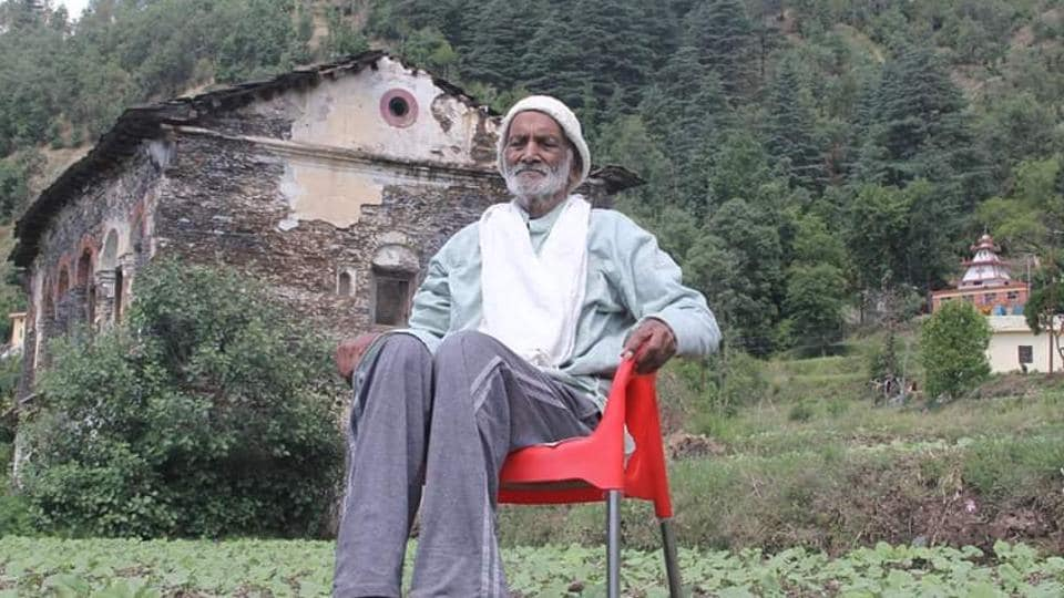 Conservationist and freedom fighter Vishweshwar Dutt Saklani, who was fondly called 'Vriksha Manav' or the Tree Man, died in his village in Uttarakhand's Tehri district on Friday morning.