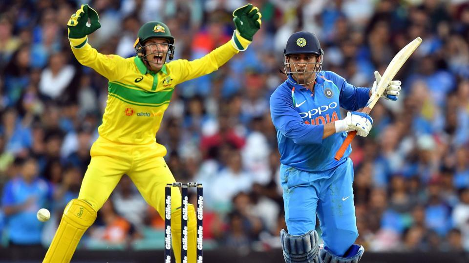 India Vs Australia Ms Dhoni Man Of The Series