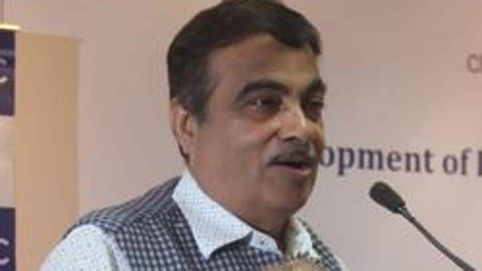 Union Minister of Road Transport, Highways and Shipping, Nitin Gadkari on Thursday said that 10 methanol powered public transport buses will be gifted to the Pune Municipal Corporation to be run on the city roads as a pilot project.