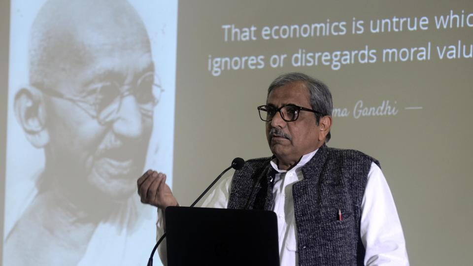 Modern economics,Gandhian model of economics,vice-chancellor