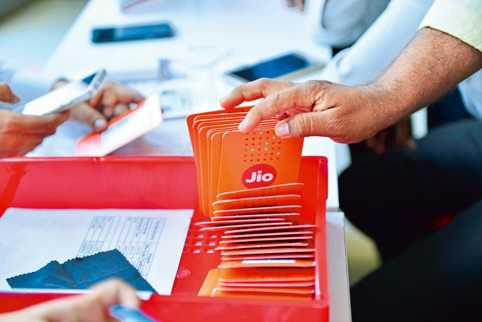 Reliance Jio applies for in-flight connectivity licence