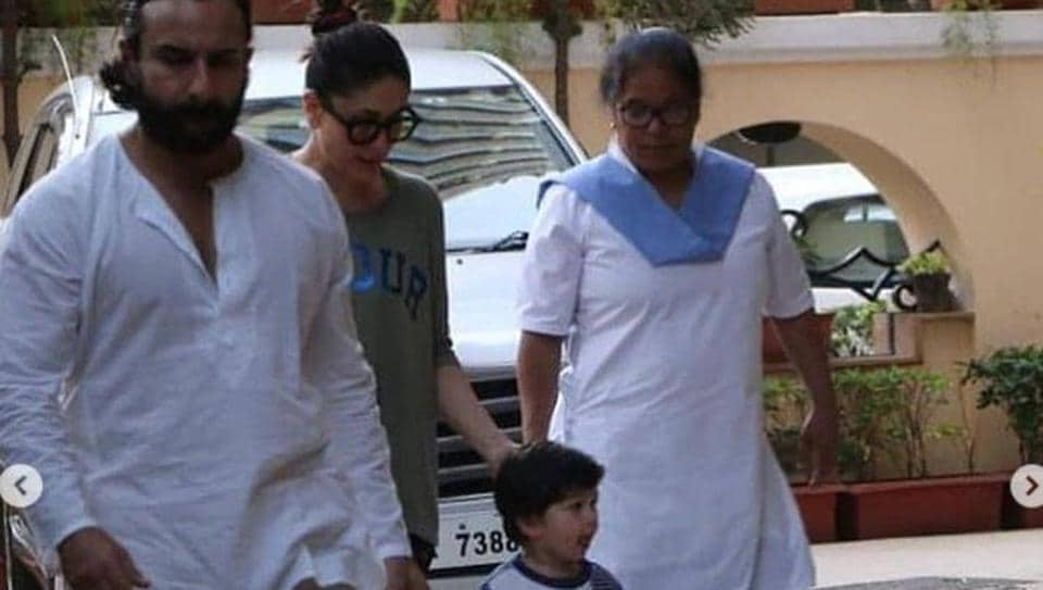 Saif Ali Khan and Kareena Kapoor get son Taimur a ukulele. See photo