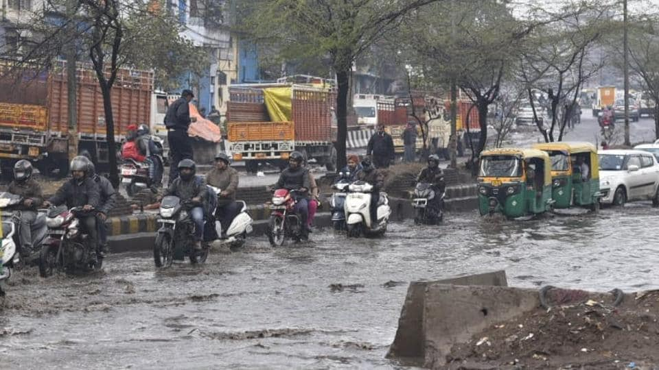 Delhi witnessed heavy rainfall on Tuesday morning which led to traffic jams all over the city.