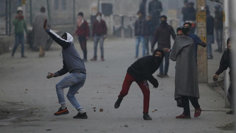 Stone pelters have interfered in army operations in Kashmir, seeking to distract their attention to help militant gunmen escape.
