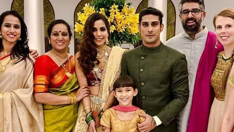 Prateik Babbar And Sanya Sagar's Wedding Pictures Just Dropped!