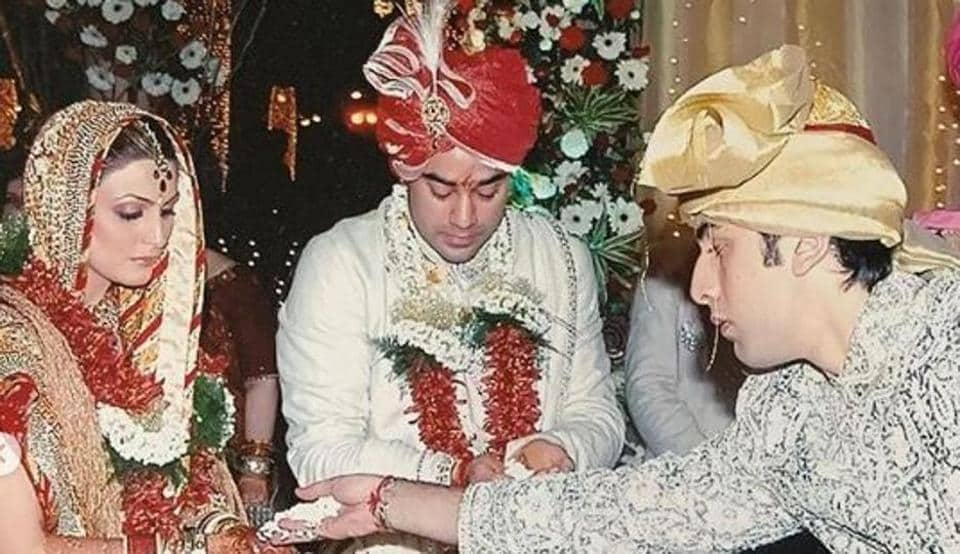 Ranbir Kapoor with sister Riddhima, brother-in-law Bharat at their wedding.