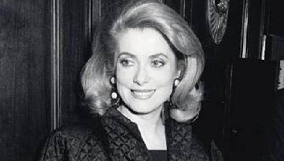 Catherine Deneuve,Catherine Deneuve fashion,Catherine Deneuve wardrobe