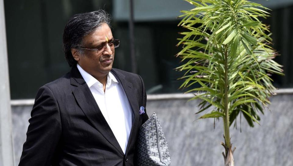 Lawyer Gautam Khaitan, an accused in the Agusta Westland case Outside CBI office in New Delhi, India, on Friday, May 06, 2016. (Photo by Hindustan Times)