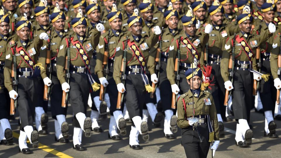 Lieutenant Bhavana Kasturi led the all-male Army Service Corps (ASC) contingent during the Republic Day Parade at Rajpath in New Delhi. Kasturi is the first-ever lady officer to lead an all-male contingent in the Republic Day parade. (Ajay Aggarwal / HT Photo)