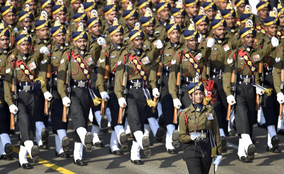 The Army Service Corps contingent led by Lieutenant Bhavana Kasturi marches during the Republic Day parade 2019, at Rajpath, in New Delhi. (Ajay Aggarwal / HT Photo)