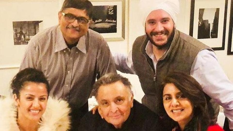 My treatment is on, hopefully I will recover soon: Rishi Kapoor