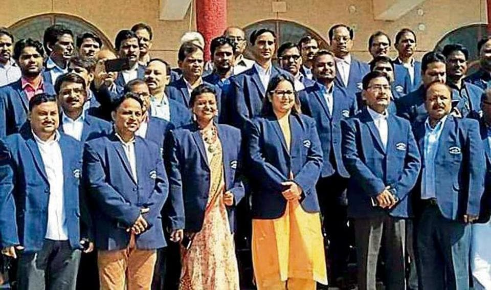 Even if the staff are working on assignments unrelated to ODF or cleanliness goals, they all become walking billboards and ambassadors for these goals because of the 'Swachh Firozabad' monogram on the blazers.