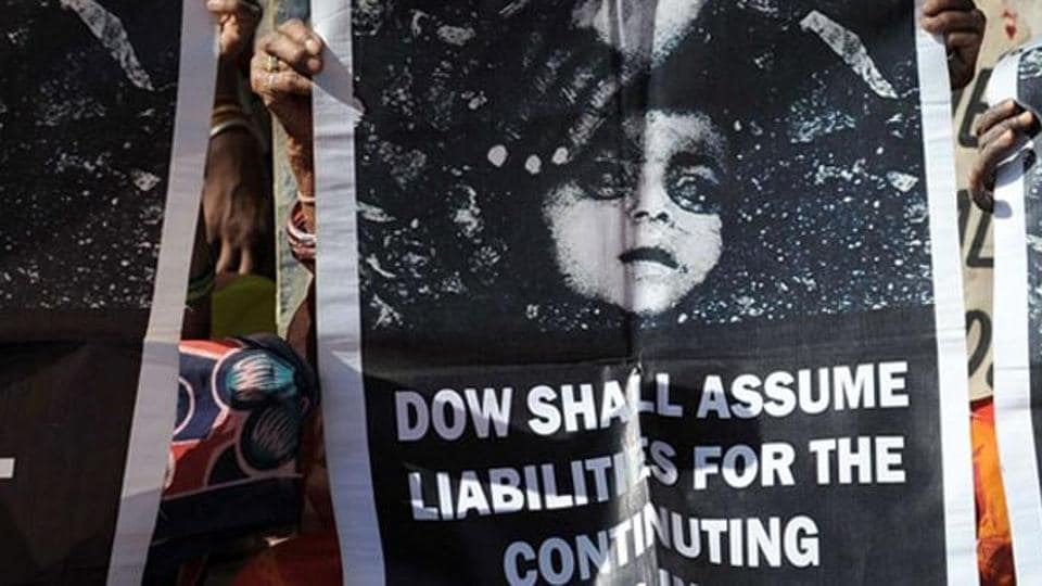 1984 Bhopal gas tragedy,Union Carbide Corp,Dow Chemicals