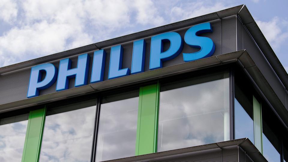 Philips underlying 2018 profit higher after lighting sale