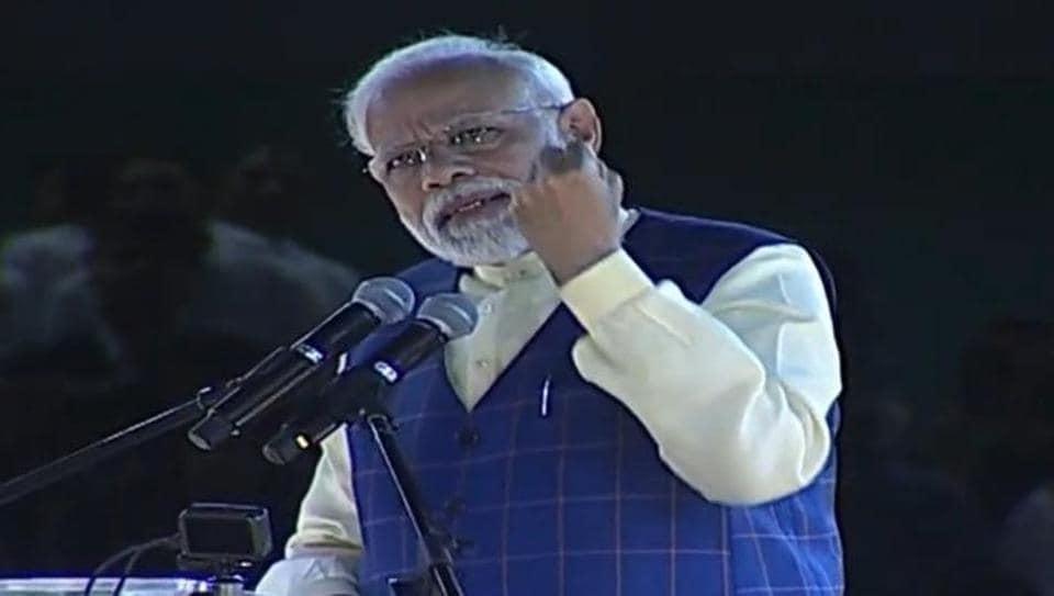 PM Narendra Modi,Congress president Rahul Gandhi,Sonia Gandhi