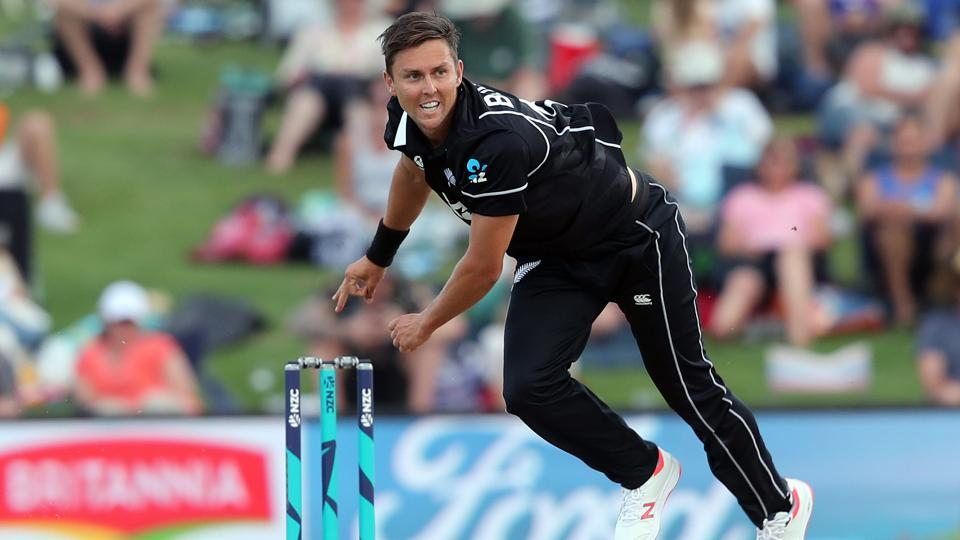 Trent Boult takes five wickets as New Zealand skittle under-strength India
