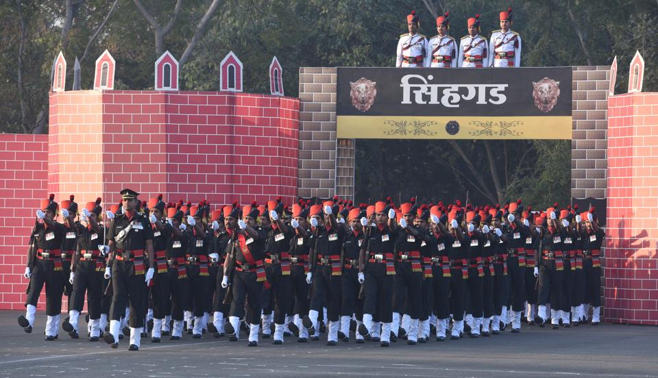 Ceremonial parade by soldiers of 1 Maratha Light Infantry. 1st battalion of Maratha Light Infantry is famously known as the Jangi (warrior) Paltan and traces its lineage to the Bombay Sepoys. (Pratham Gokhale/HT Photo)