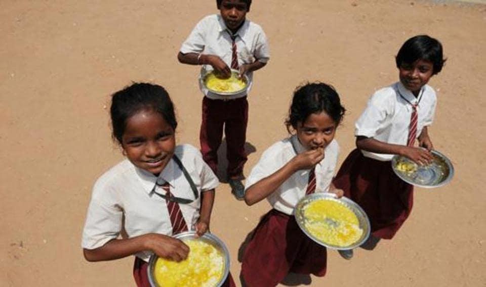 Maharashtra school,Nanded,midday meal