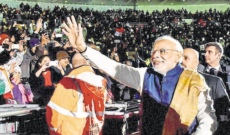 Prime Minister Narendra Modi waves as he leaves after addressing the Indian community at Wembley stadium in London during his 2015 visit to the UK. (File Photo)