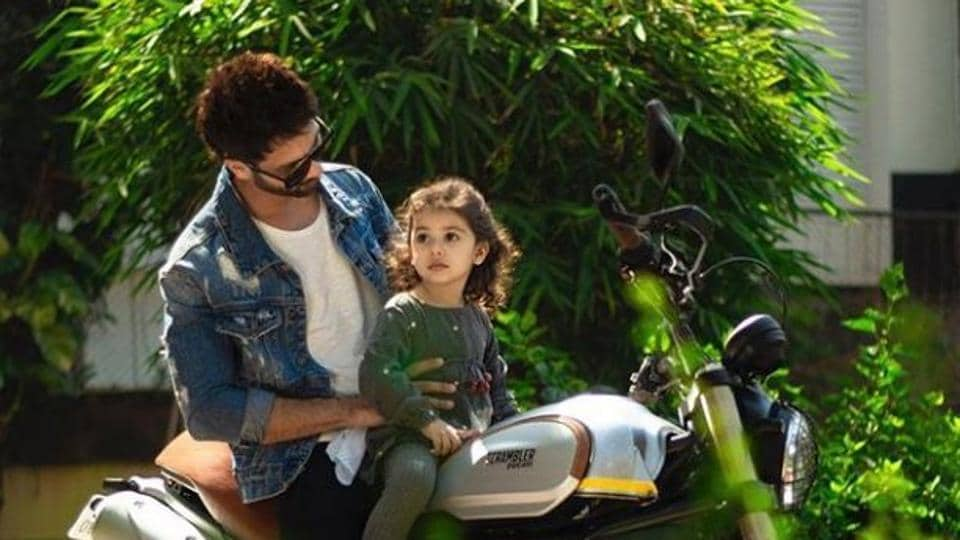 Shahid Kapoor spent a sunny day with daughter Misha.