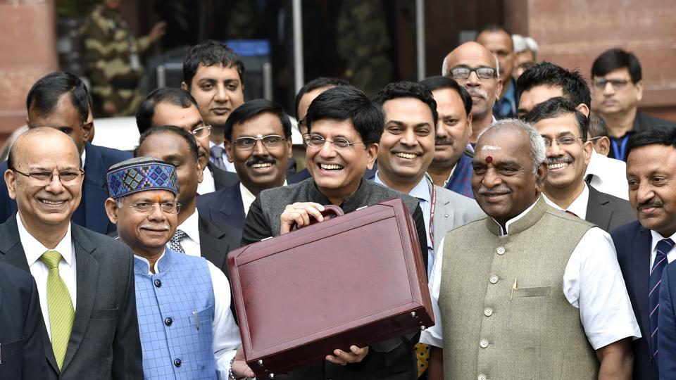 Finance minister Piyush Goyal (centre) along with his full Budget team leaves for Rashtrapati Bhawan, New Delhi, February 1, 2019.