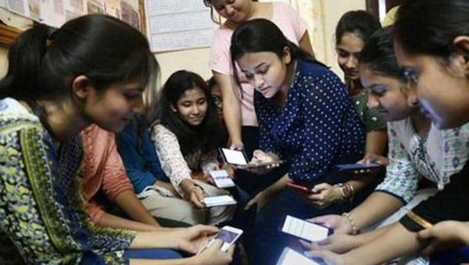 Boards 2019: How to use technology during exam preparation, parents push for a balanced time
