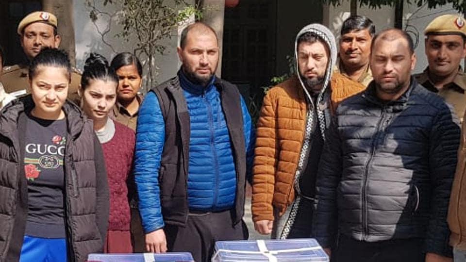 romanians arrested for ATM fraud in delhi,crime,delhi police