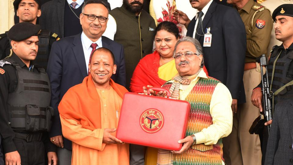 The Yogi Adityanath government has proposed to spend over Rs 647 crore in the 2019-20 budget on the maintenance of cow-shelters in Uttar Pradesh. In the annual budget presented by UP Finance Minister Rajesh Agarwal, Rs 247.60 crore was allocated for the maintenance of cow-shelters in rural areas. (Subhankar Chakraborty / HT Photo)