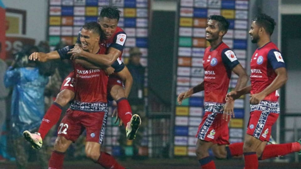 Jamshedpur stay alive with narrow win over Mumbai in the ISL.