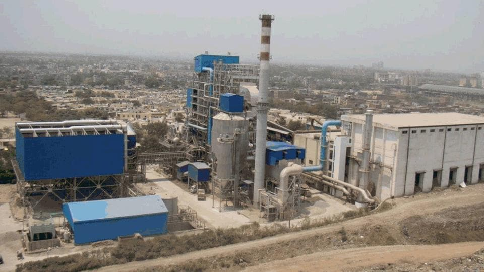 The Ghazipur waste-to-energy plant at Ghazipur in east Delhi. EDMC will now build another such plant in the area for which the location is yet to be decided.