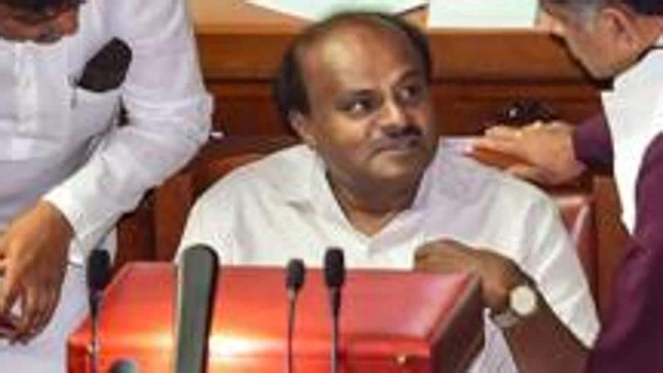 BJP warns of releasing video of Karnataka CM Kumaraswamy's 'corruption'.