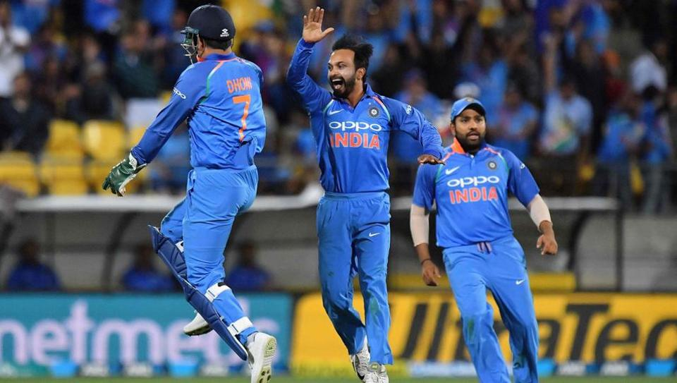 Black Caps win T20 series over India after thrilling decider in Hamilton